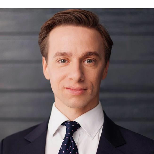 Sprawdzamy sondaże - https://sprawdzamysondaze.pl/prezydenckie-2020/wp-content/uploads/2019/03/Krzysztof-Bosak.png